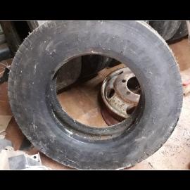 215/75R17.5 - Bridgestone