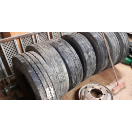 215/75R17.5 - Michelin